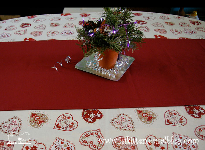 Nappe de f tes isikitten for Nappe centre de table
