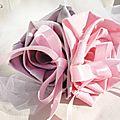 porte alliance original coussin alliance fleur rose argent mariage