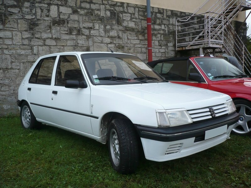 PEUGEOT 205 Mito 1994 Créhange (1)