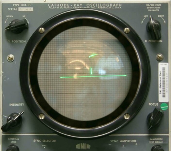 Tennis_For_Two_on_a_DuMont_Lab_Oscilloscope_Type_304-A[1]