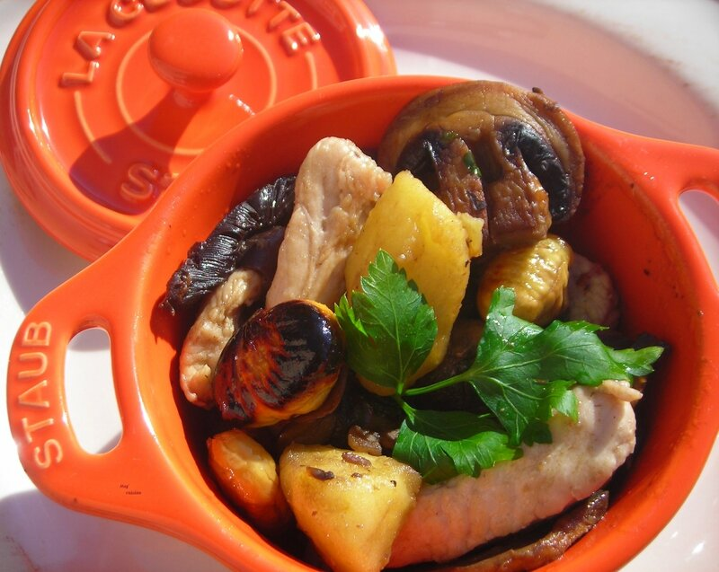fricassée de dinde aux champignons, marrons et pommes (2)