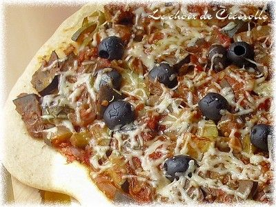 Pizza___la_ratatouille___olives_noires3