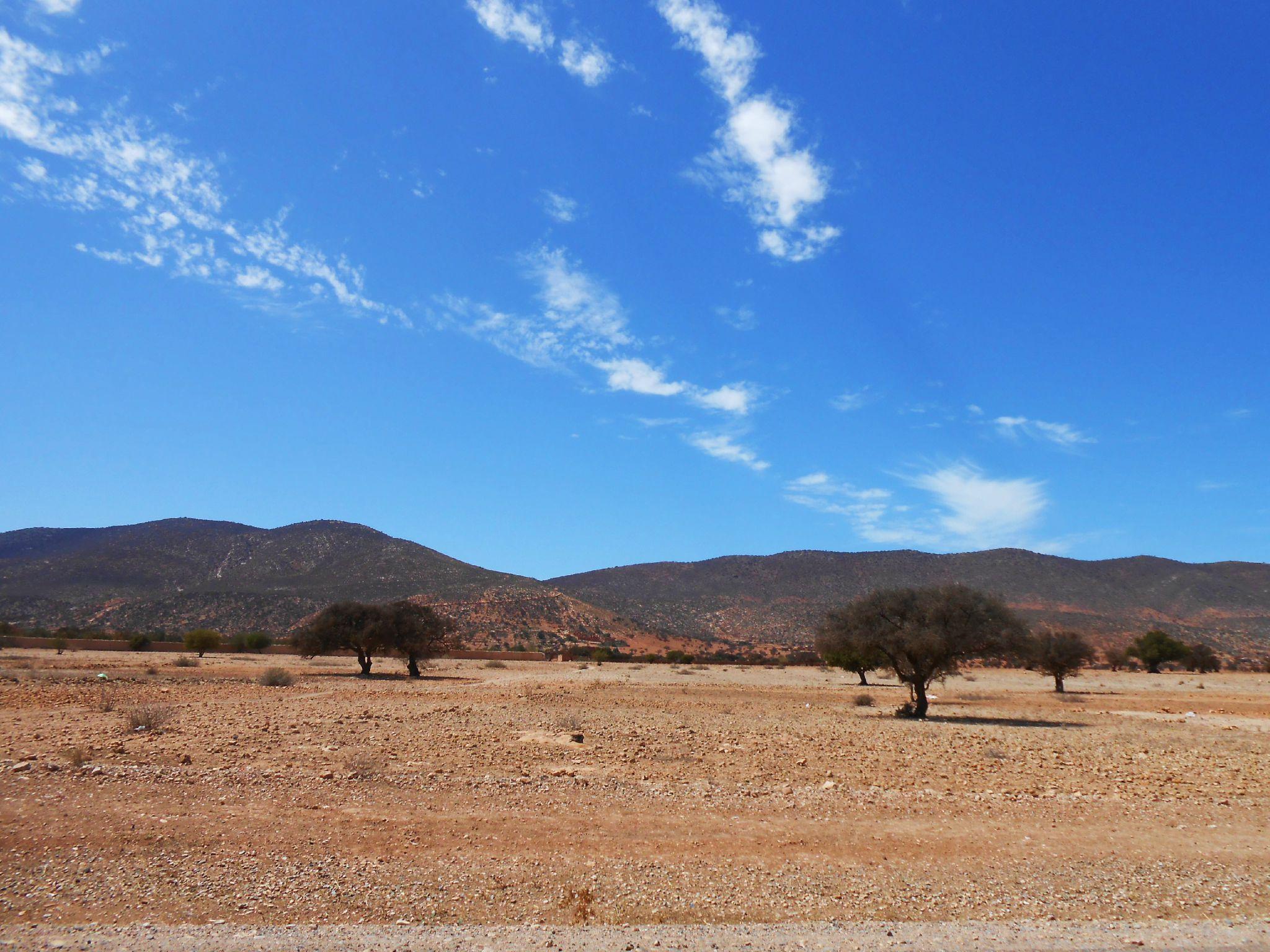 Montagnes près de Bounaamane