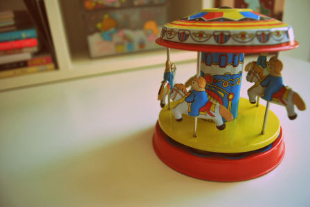 carousel_toy