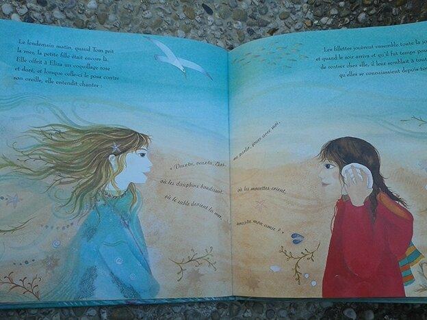 le secret de la sirène - Jane Ray - double page Océane et Eliza