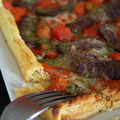Tarte fine au boeuf, tomates cerises et gorgonzola
