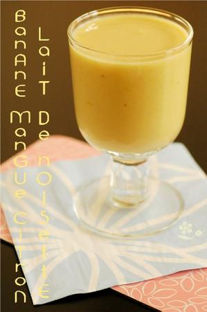 Smoothie banane, abricot sec, lait de noisette, citron_1