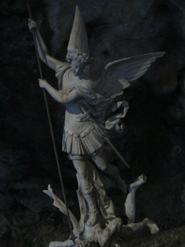 Archange Saint Michel - Grotte de Sainte Baume