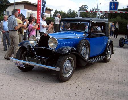 Bugatti_T49_faux_cabriolet_Gangloff_de_1930__Festival_Centenaire_Bugatti__01