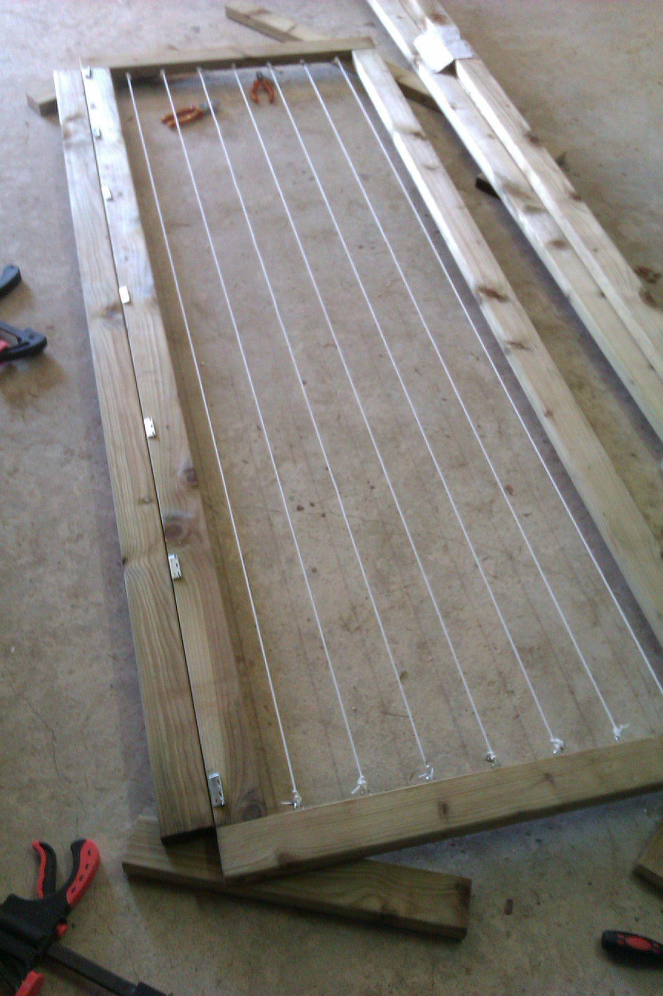 Fabriquer un etendoir a linge exterieur en bois for Fabriquer un cendrier exterieur