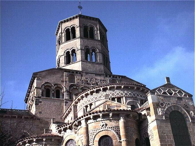 église Saint -Austremoine