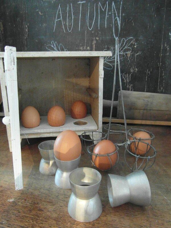 coquetier cuit oeufs et garde oeufs