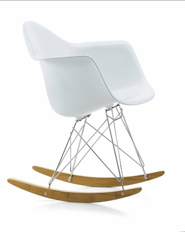 Un amour de chaise eames rar lilirosebonbons for Chaise bascule eames rar