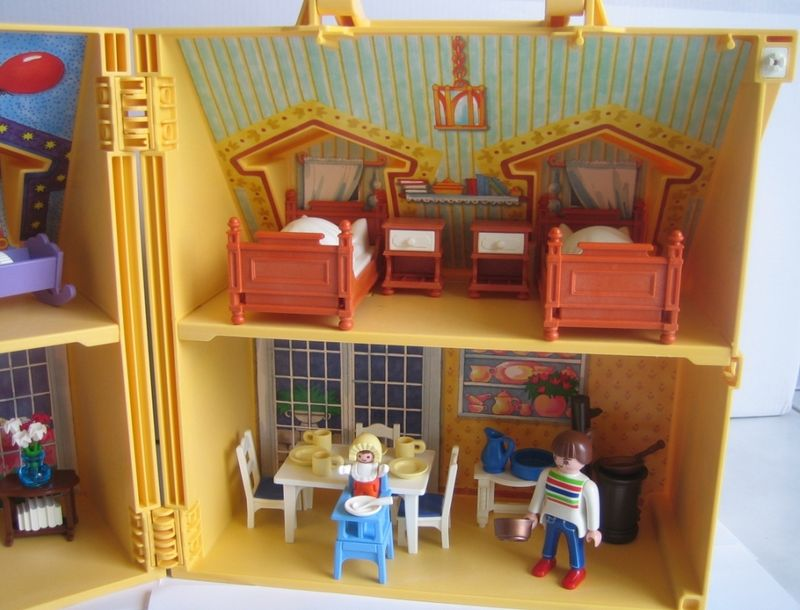 maison transportable playmobil. Black Bedroom Furniture Sets. Home Design Ideas