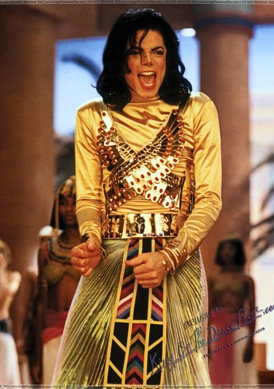 1992-Remember-the-time-Video-Set-HQ-michael-jackson-28561481-1494-21201