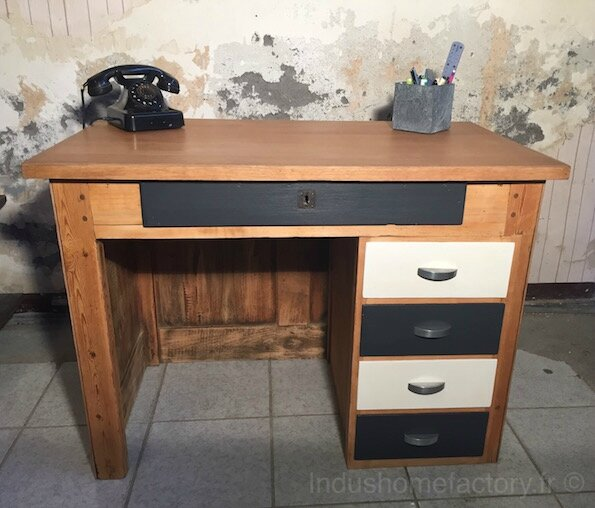 relooking d 39 un ancien bureau en bois indus home factory. Black Bedroom Furniture Sets. Home Design Ideas