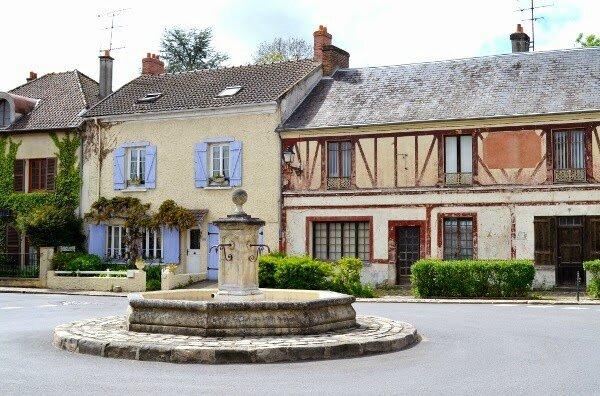 le village de Janvry - place