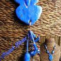 Poisson bleu et feuille or
