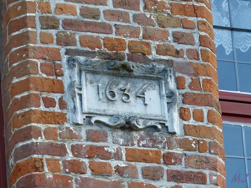 DANS LA PIERRE 1634