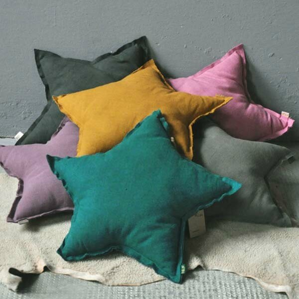 numero-74-large-star-cushion-flashy