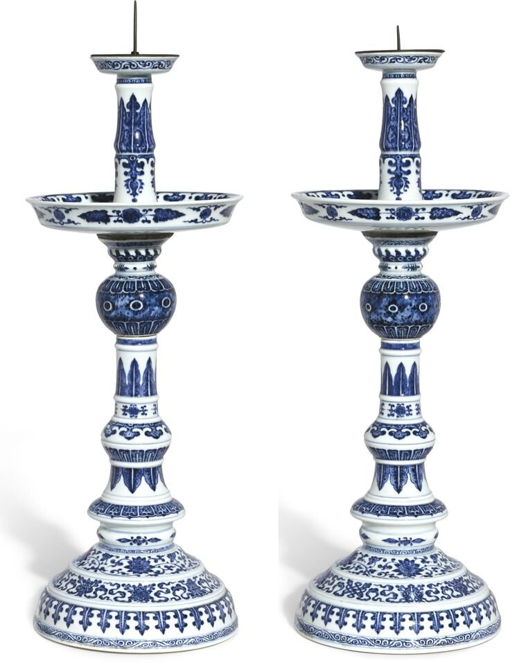 An extremely rare pair of large blue and white candlesticks, Qing dynasty, Qianlong period