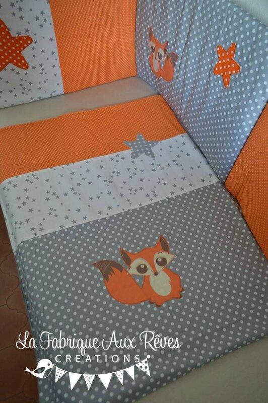 couverture naissance polaire renard étoiles gris blanc orange