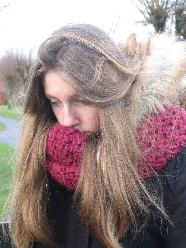 snood-crochet-laine-brique