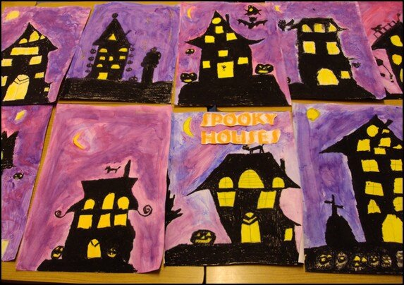 Spooky houses nos p 39 tits cahiers - Decoration de porte halloween ...