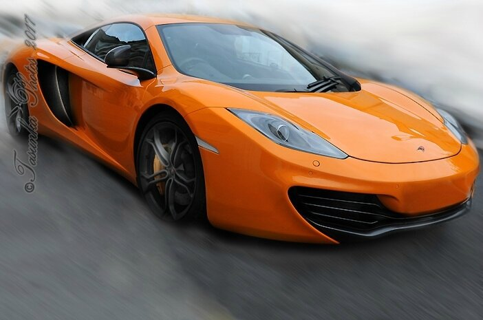 McLaren 12C - Twin-Turbo V8 - 600 HP - A Unique Supercar - (McLAREN MP4-12C / since 2012: 12C )
