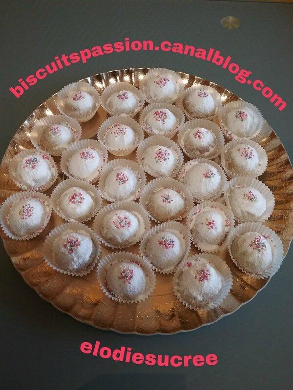 Petits Sablés aux pistaches grillées 069