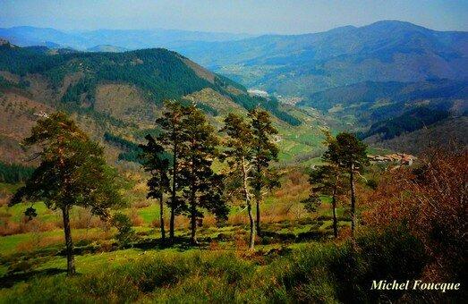 1551) Vélo sur les hauts plateaux de l'Ardèche