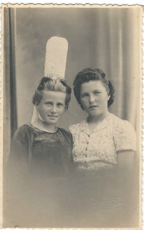 Therese et marie chaffron - Nieces