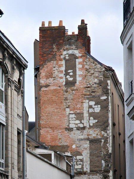 w_2007_Nantes_rue_mur_DSC_1624