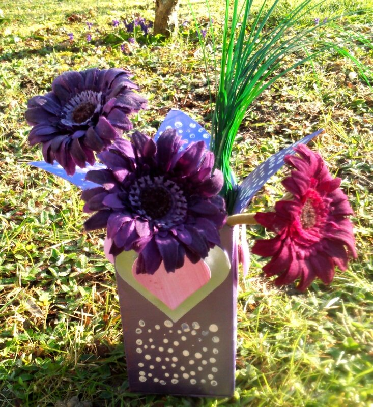 164_Fête des mères_Vase coeurs (71)