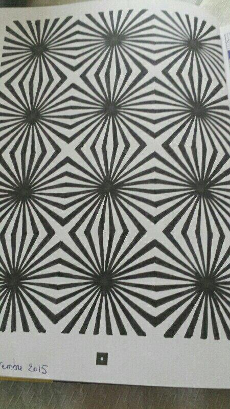 Illusions d 39 optique et kaleidoscope les coloriages de carole - Coloriage illusion d optique ...