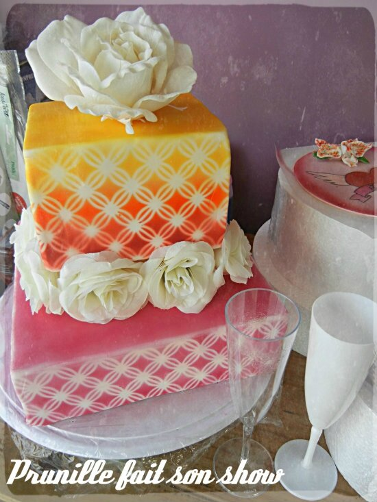 wedding cake rose et aerographe prunillefee3