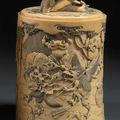 Deux pots à tabac couvert en ivoire. période meiji et vers 1900
