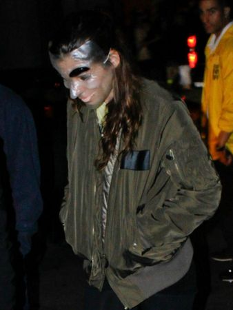 Robert-Pattinson-and-Kristen-Stewart-Halloween-7