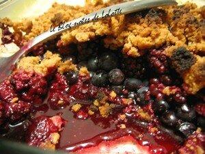 crumble_fruits_rouges_amaretti_recette