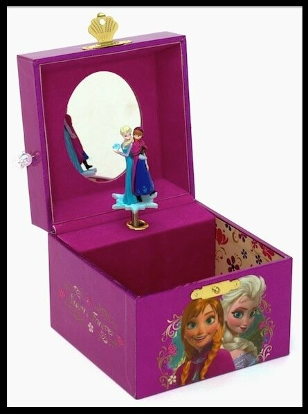 bo te musique la reine des neiges disney store le blog de moon. Black Bedroom Furniture Sets. Home Design Ideas
