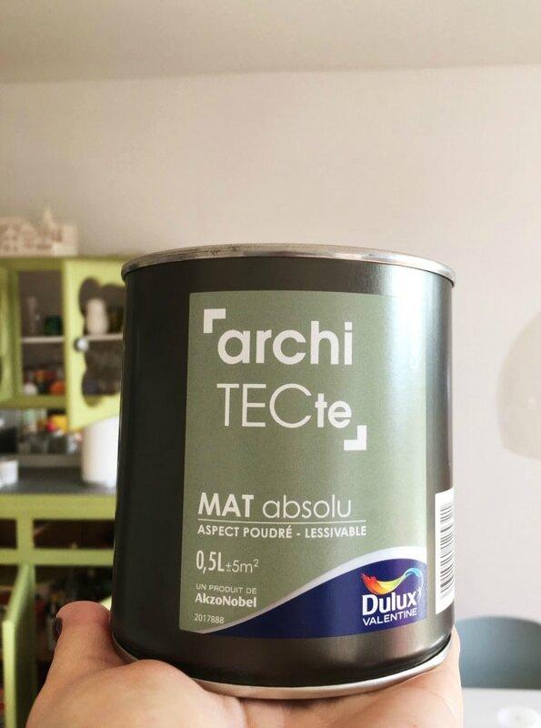 2-peinture-architecte-dulux-renovation-meuble-mado-ma-rue-bric-a-brac