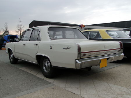 PLYMOUTH Valiant Signet 4door Sedan 1967 Bourse Echanges Autos Motos de Chatenois 2010 3