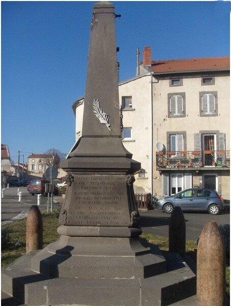 la moutade monuments aux morts