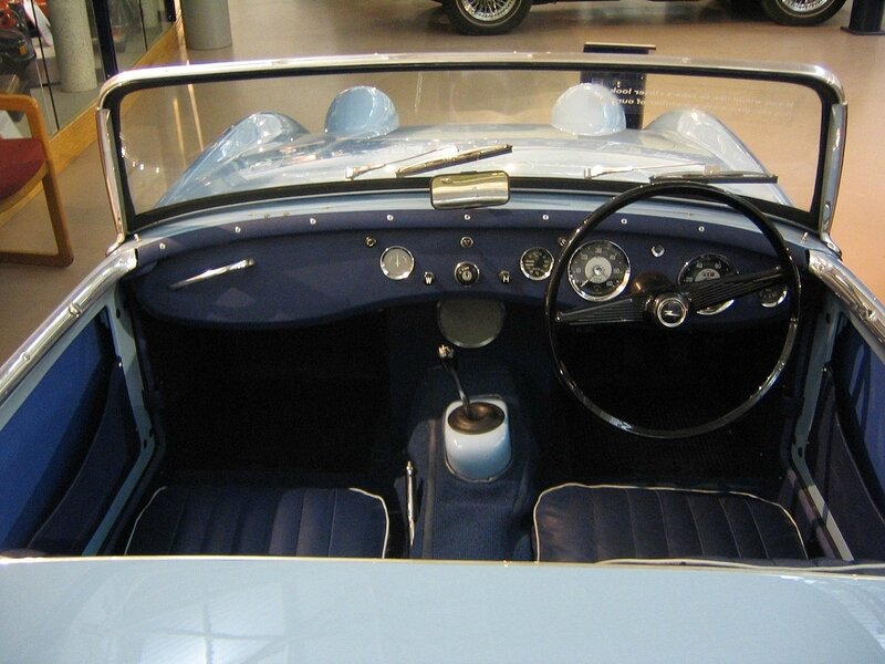 1280px-Austin_Healey_Frogeye_sprite_mark_one_interior