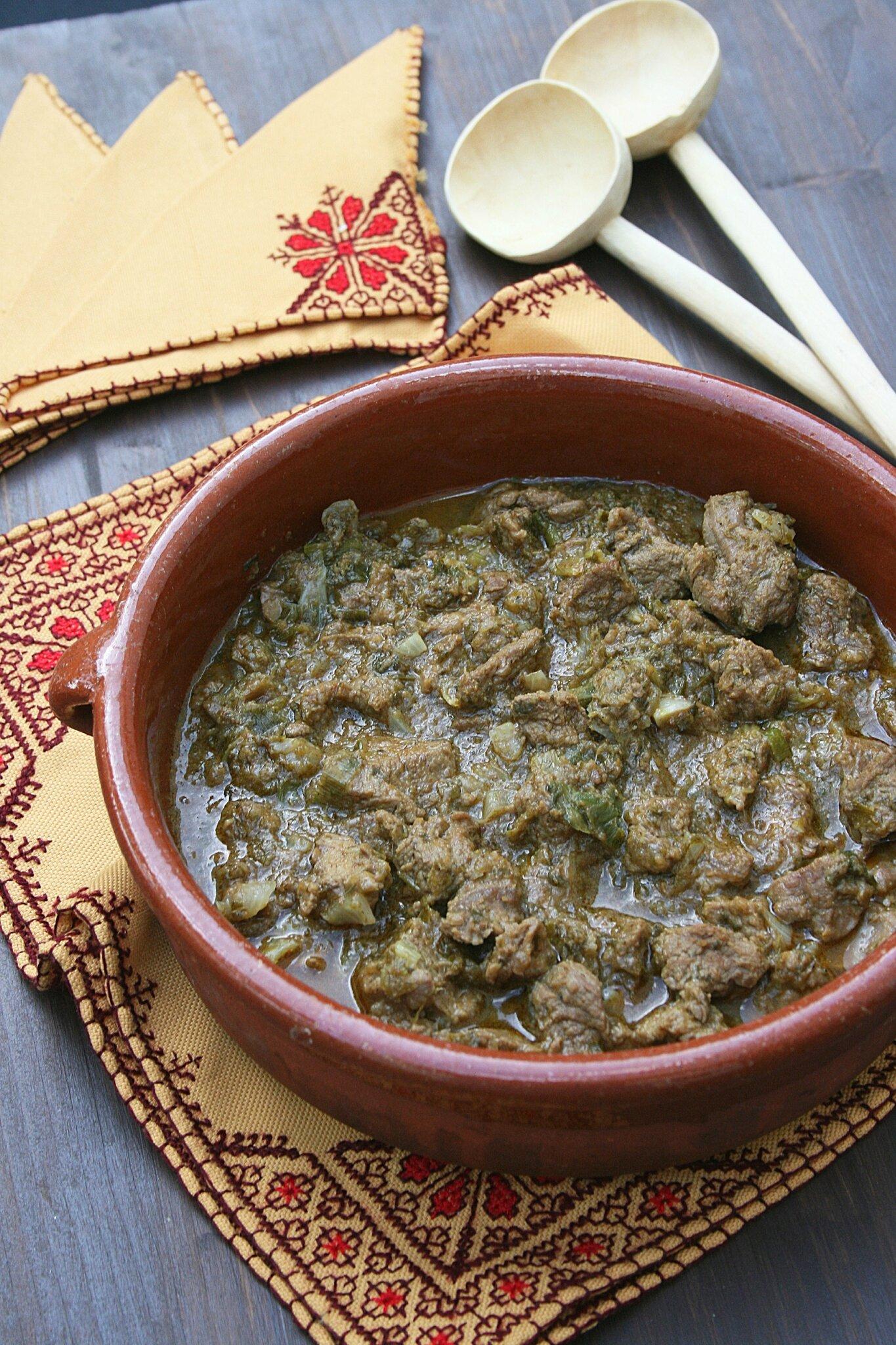 Tajine Maghdour (tajine kebab à l'agneau et chermoula)