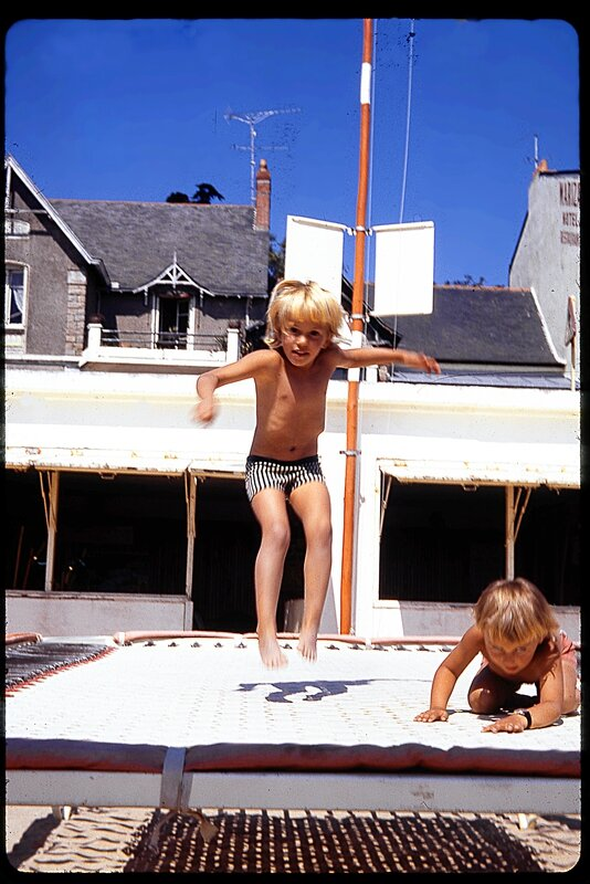 trampoline françois-alic308 RETOUCHE REDUX