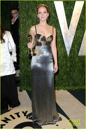 jennifer-lawrence-vanity-fair-oscars-party-2013-01