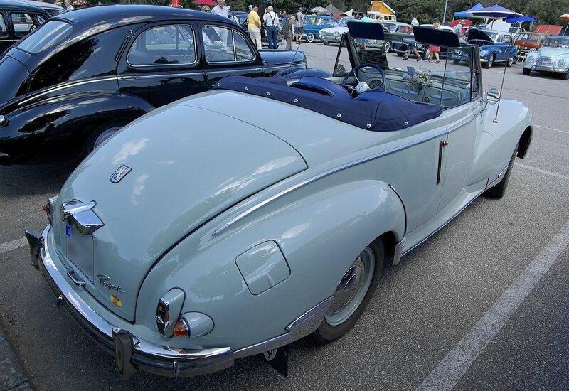 1280px-Peugeot_203_Cabrio_2013-07-21_13-49-34