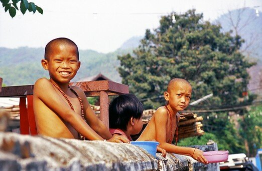 thailande_pai_moine_sourire