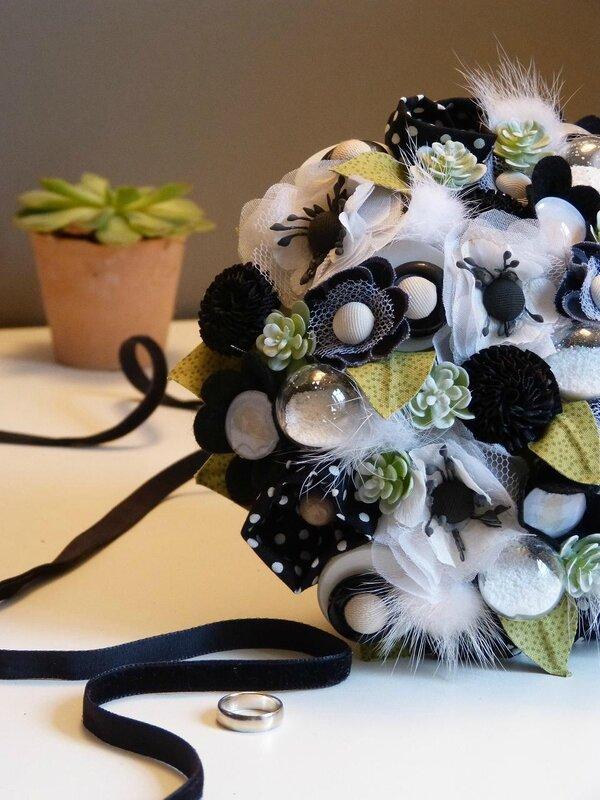 Bouquet de mariée en tissus, noir et blanc, pop